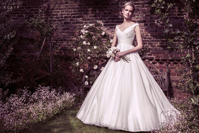 a656029c721 Amelias Bridal